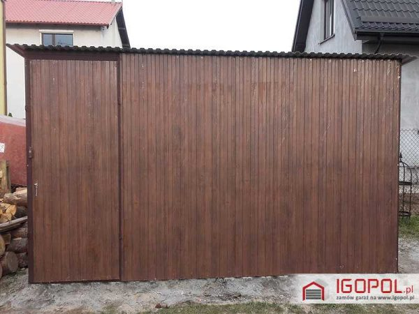 Garaz-blaszany-4x3m-spad-w-tyl-3