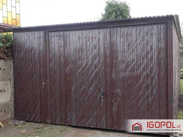 Garaz-blaszany-4x5m-spad-do-tylu-brama-drzwi-