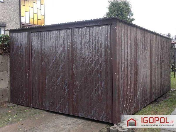 Garaz-blaszany-4x5m-spad-do-tylu-brama-uchylna+drzwi-1