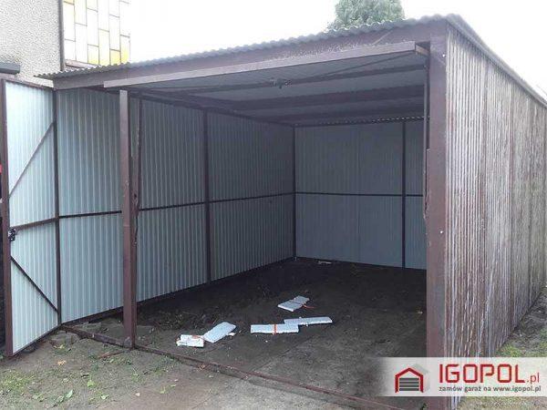 Garaz-blaszany-4x5m-spad-do-tylu-brama-uchylna+drzwi-3