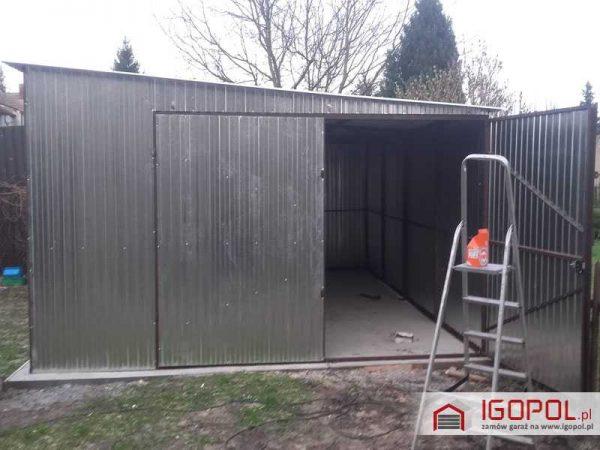 Garaz-blaszany-4x6m-spad-w-prawo-2