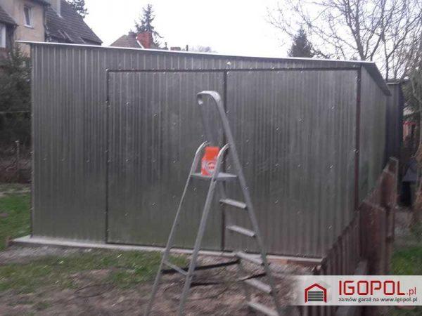 Garaz-blaszany-4x6m-spad-w-prawo-4