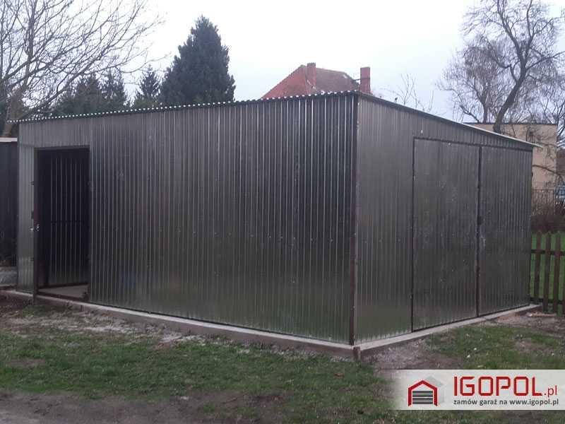 Garaz-blaszany-4x6m-spad-w-prawo-5