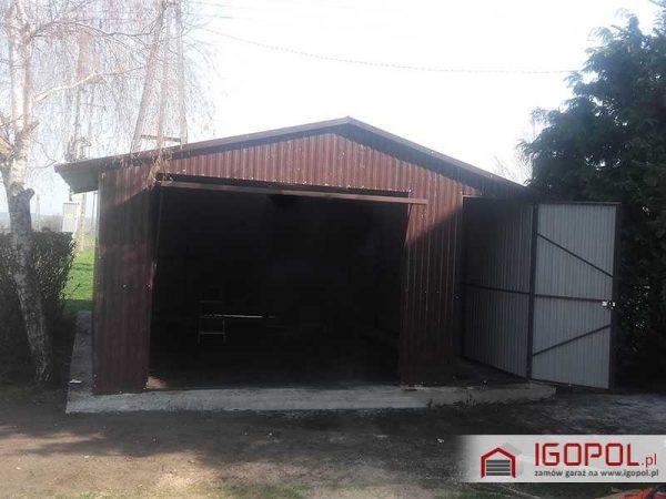 Garaz-blaszany-5x7m-dwuspadowy-