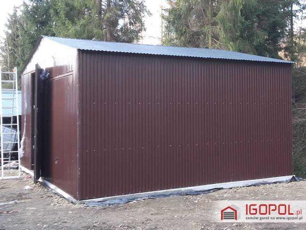 Garaz-blaszany-dwuspadowy-7x6m-5